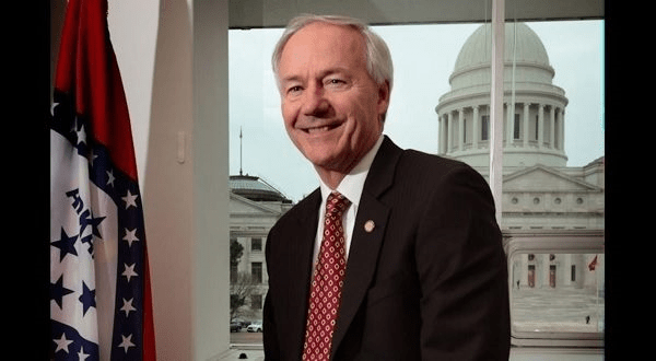 Governor talks expansion of Arkansas apprenticeship programs